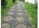 Pavement made of pebbles